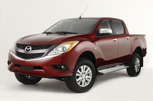 Фото автомобиля Mazda BT-50 2 поколение, ракурс: 45