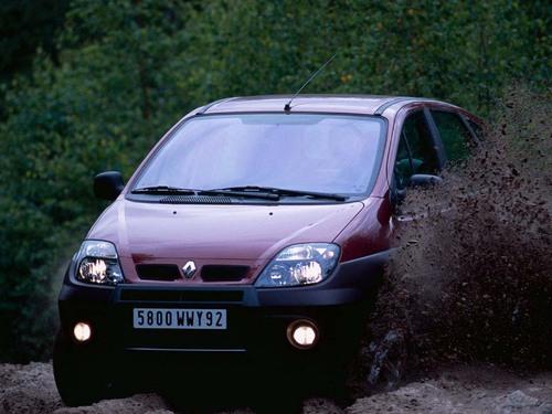 Фото автомобиля Renault Scenic 1 поколение [рестайлинг], ракурс: 45