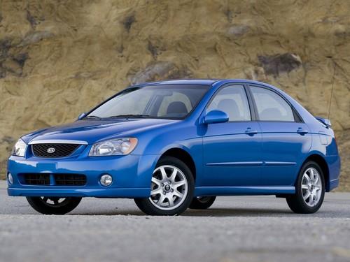Фото автомобиля Kia Spectra 2 поколение, ракурс: 45