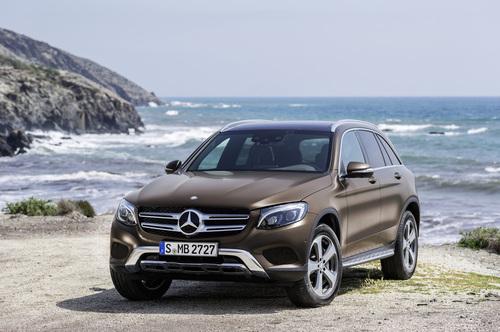 Фото автомобиля Mercedes-Benz GLC-Класс X253/C253, ракурс: 45 цвет: коричневый