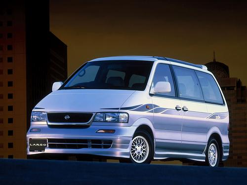 Фото автомобиля Nissan Largo W30 [рестайлинг], ракурс: 45