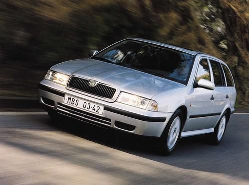 Фото автомобиля Skoda Octavia 1 поколение, ракурс: 45