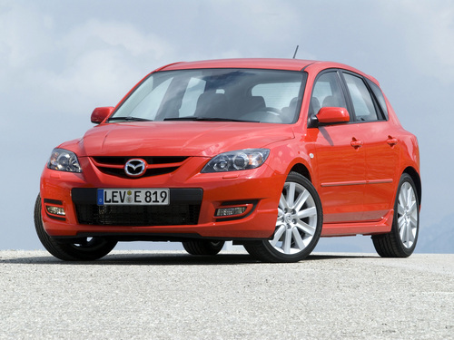 Фото автомобиля Mazda 3 BK [рестайлинг], ракурс: 45