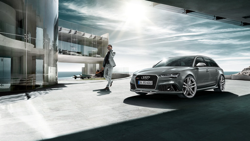 Фото автомобиля Audi RS 6 C7 [рестайлинг], ракурс: 45 цвет: серебряный