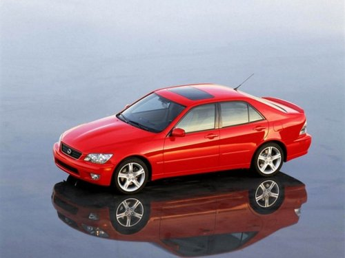 Фото автомобиля Lexus IS XE10, ракурс: 45