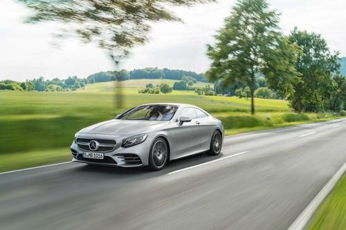 Фото автомобиля Mercedes-Benz S-Класс W222/C217/A217 [рестайлинг], ракурс: 45 цвет: серебряный
