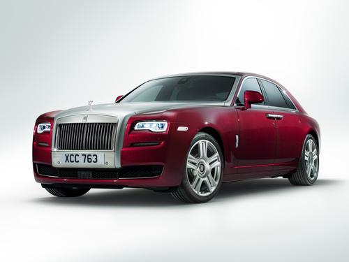 Фото автомобиля Rolls-Royce Ghost 2 поколение, ракурс: 45 цвет: бордовый