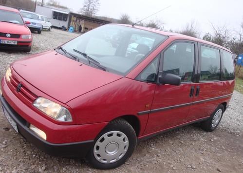 Фото автомобиля Peugeot 806 221, ракурс: 45