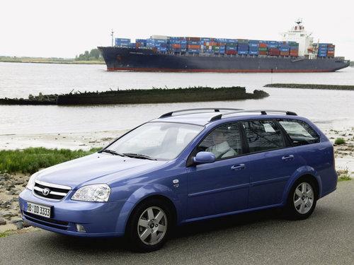 Фото автомобиля Daewoo Nubira J200, ракурс: 45