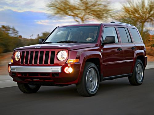 Фото автомобиля Jeep Patriot 1 поколение, ракурс: 45