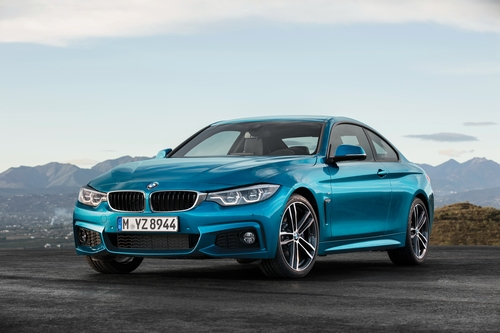 Фото автомобиля BMW 4 серия F32/F33/F36 [рестайлинг], ракурс: 45 цвет: голубой