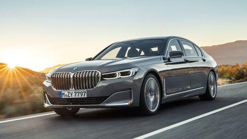 Фото автомобиля BMW 7 серия G11/G12 [рестайлинг], ракурс: 45 цвет: серебряный