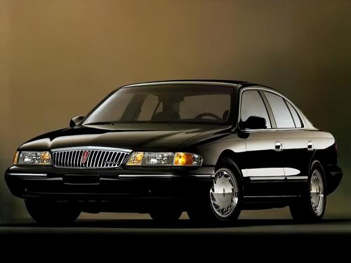 Фото автомобиля Lincoln Continental 9 поколение, ракурс: 45