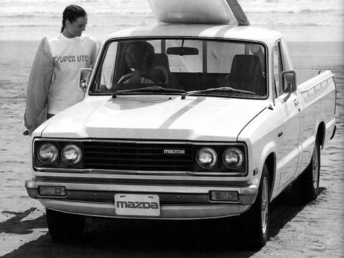 Фото автомобиля Mazda B-Series 3 поколение, ракурс: 45