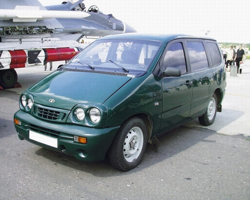 Фото автомобиля ВАЗ (Lada) 2120 Надежда 1 поколение, ракурс: 45