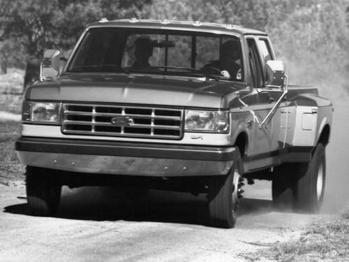 Фото автомобиля Ford F-Series 8 поколение, ракурс: 45