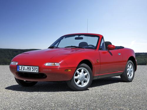 Фото автомобиля Mazda MX-5 NA, ракурс: 45