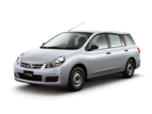 Фото автомобиля Mazda Familia Y12, ракурс: 45 цвет: серебряный