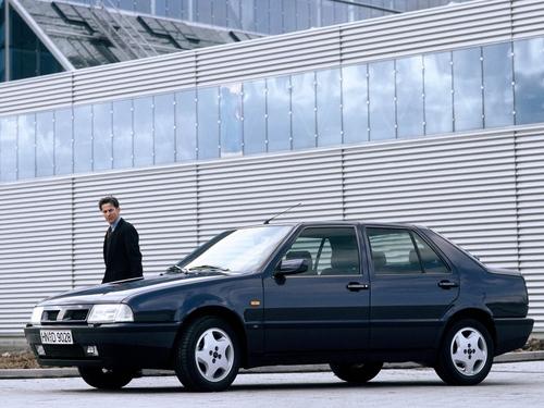 Фото автомобиля Fiat Croma 1 поколение, ракурс: 45