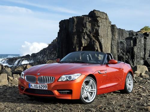 Фото автомобиля BMW Z4 E89, ракурс: 45 цвет: красный