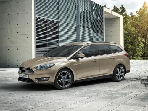Фото автомобиля Ford Focus 3 поколение [рестайлинг], ракурс: 45 цвет: бежевый