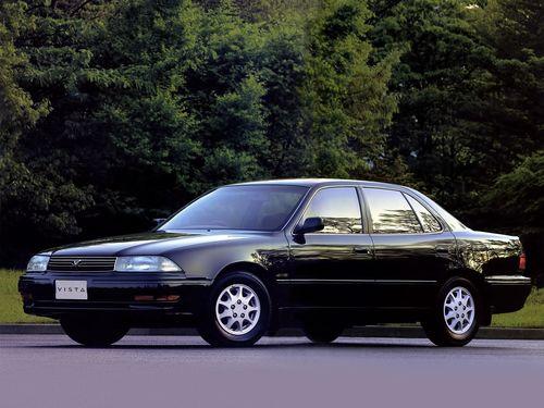 Фото автомобиля Toyota Camry V30 [рестайлинг], ракурс: 45 цвет: черный