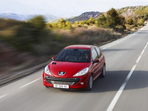 Фото автомобиля Peugeot 206 2 поколение, ракурс: 45