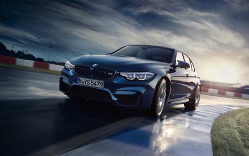 Фото автомобиля BMW M3 F80 [рестайлинг], ракурс: 45 цвет: синий