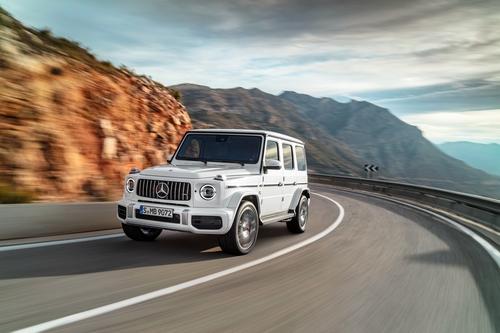 Фото автомобиля Mercedes-Benz G-Класс W464, ракурс: 45 цвет: белый