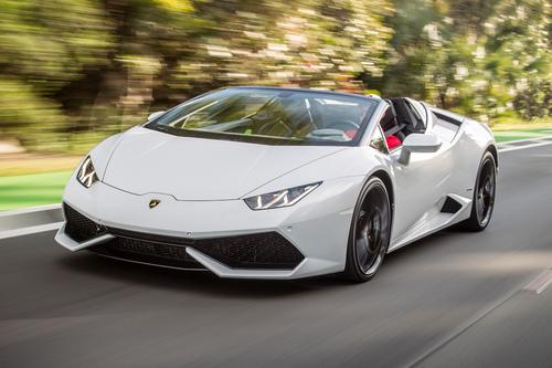 Фото автомобиля Lamborghini Huracan 1 поколение, ракурс: 45 цвет: белый