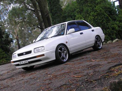 Фото автомобиля Daihatsu Applause 1 поколение, ракурс: 45