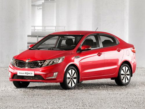 Фото автомобиля Kia Rio 3 поколение, ракурс: 45 цвет: красный