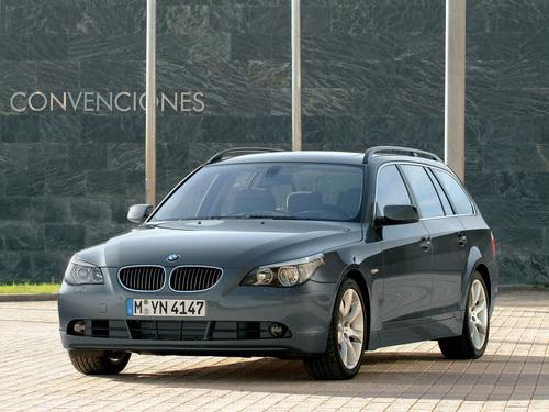 Фото автомобиля BMW 5 серия E60/E61, ракурс: 45