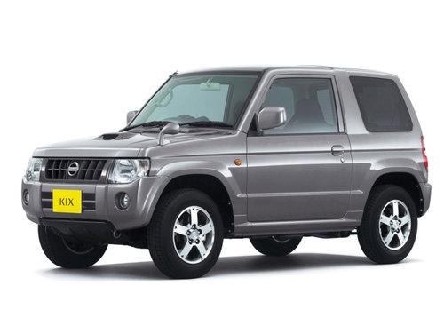 Фото автомобиля Nissan Kix 1 поколение, ракурс: 45