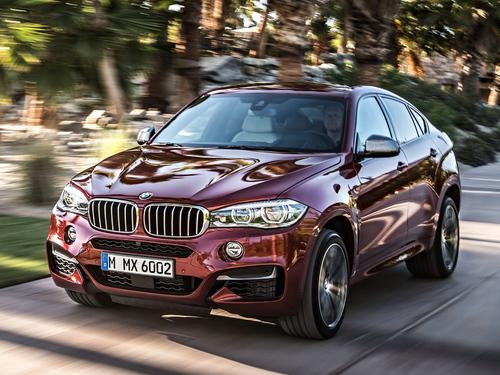 Фото автомобиля BMW X6 F16, ракурс: 45 цвет: красный
