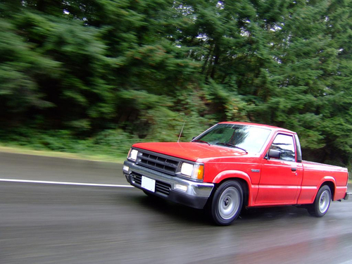 Фото автомобиля Mazda B-Series 4 поколение, ракурс: 45