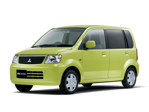 Фото автомобиля Mitsubishi eK H81W, ракурс: 45