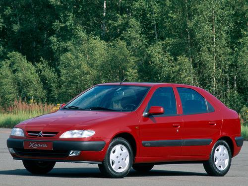 Фото автомобиля Citroen Xsara 1 поколение, ракурс: 45