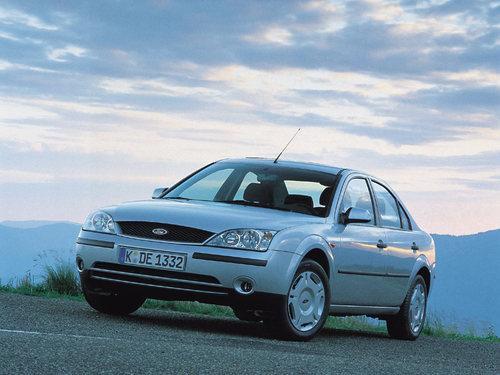 Фото автомобиля Ford Mondeo 3 поколение, ракурс: 45 цвет: серебряный