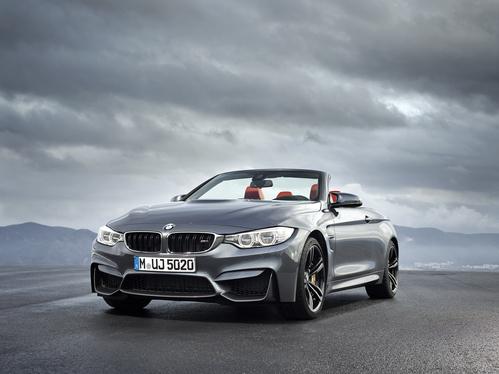 Фото автомобиля BMW M4 F82/F83, ракурс: 45 цвет: серый