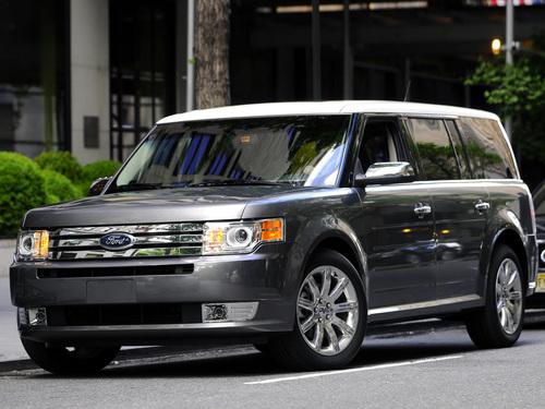 Фото автомобиля Ford Flex 1 поколение, ракурс: 45
