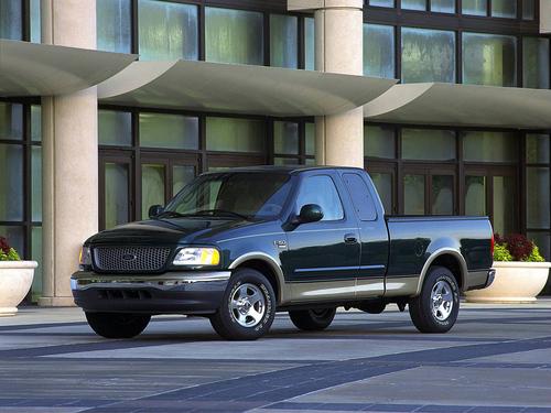 Фото автомобиля Ford F-Series 10 поколение, ракурс: 45