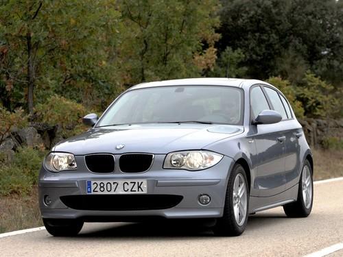 Фото автомобиля BMW 1 серия E87, ракурс: 45