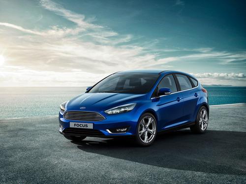 Фото автомобиля Ford Focus 3 поколение [рестайлинг], ракурс: 45 цвет: синий