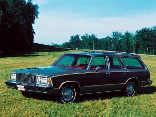 Фото автомобиля Chevrolet Malibu 1 поколение, ракурс: 45