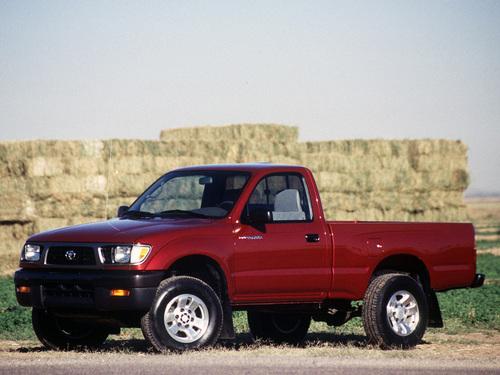 Фото автомобиля Toyota Tacoma 1 поколение, ракурс: 45