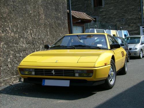 Фото автомобиля Ferrari Mondial T, ракурс: 45