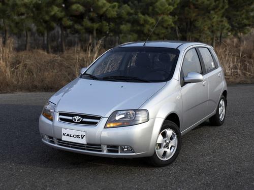 Фото автомобиля Daewoo Kalos 1 поколение, ракурс: 45