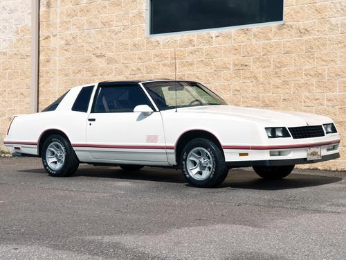 Фото автомобиля Chevrolet Monte Carlo 4 поколение [3-й рестайлинг], ракурс: 315