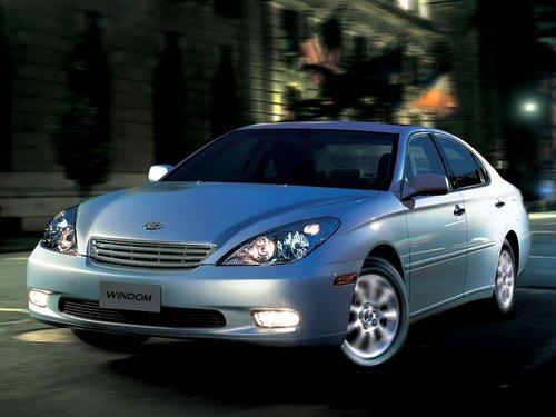 Фото автомобиля Toyota Windom MCV30, ракурс: 45